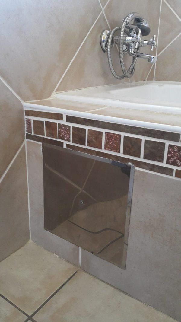 ACB-001 – Pic 3 – Bath Inspection